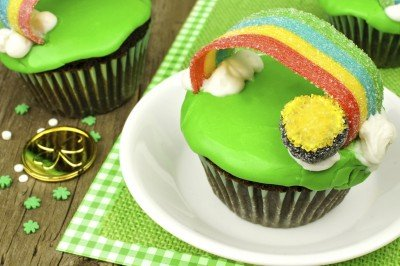 St. Patrick's Day Recipe: Rainbow Cupcakes