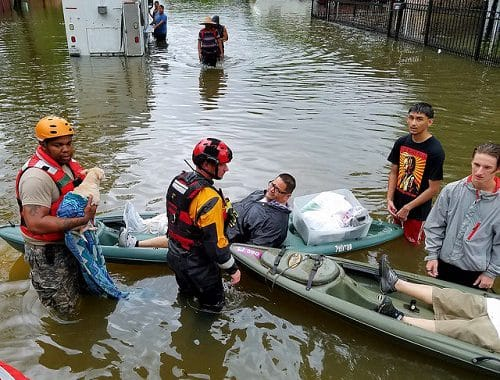 6 Ways You Can Help Hurricane Harvey Victims Right Now