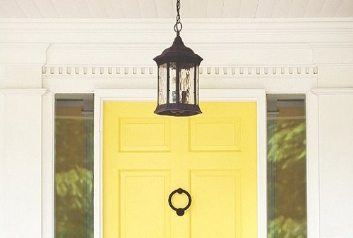 9 DIY Ideas: Spring Decor for Your Front Door