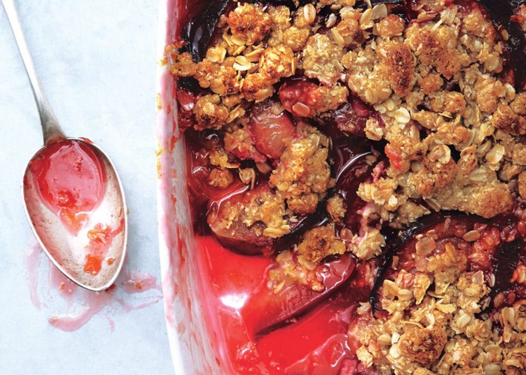 The Definitive Guide to Crisps, Crumbles, Cobblers, and More