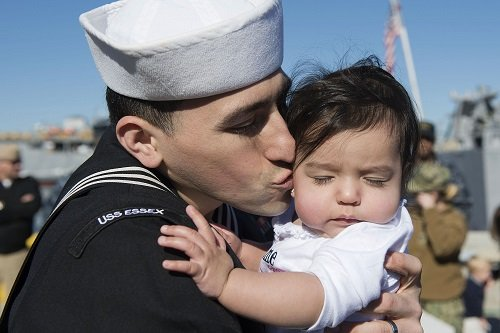 U.S. Navy Rolls Out New Military Parental Leave Program