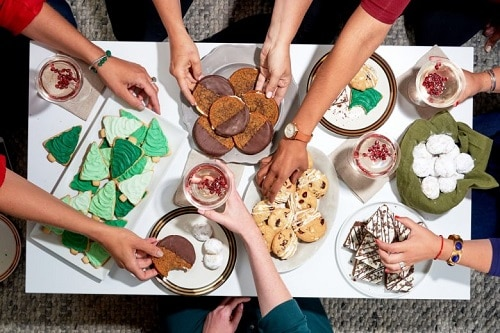 5 Steps to Hosting a Cookie Swap for Your MilSpouse Friends