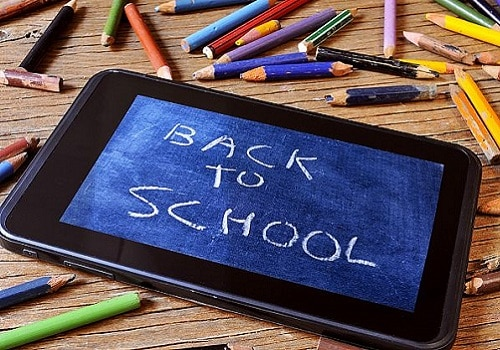 6 Back-to-School Apps Every MilSpouse Should Download