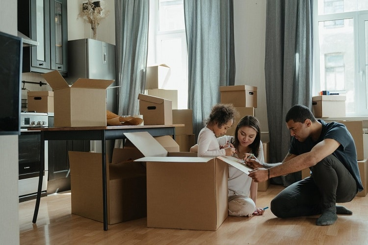10 Financial Planning Tips for a Military PCS Move
