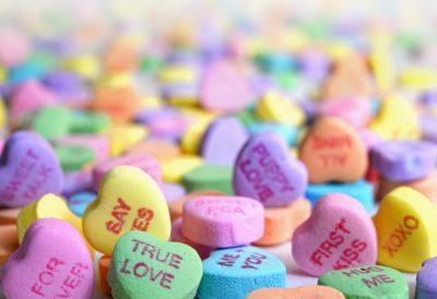 Assorted conversation hearts