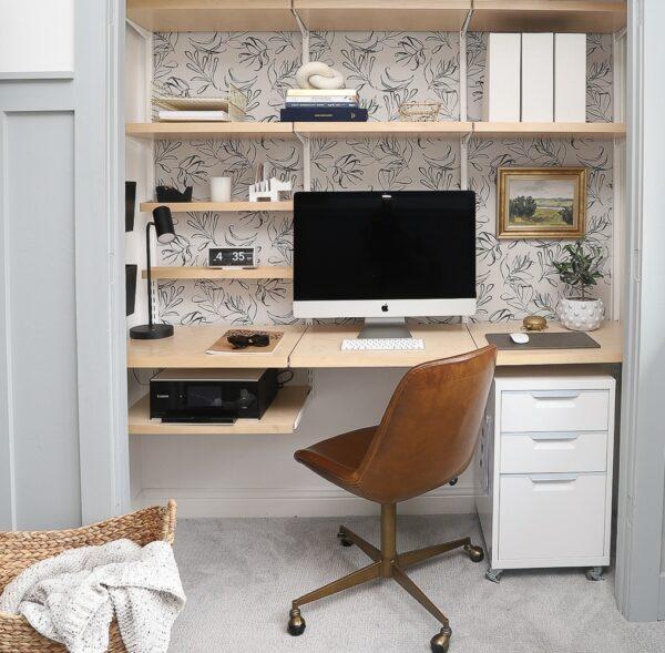 Space-Saving Closet Office (Cloffice)